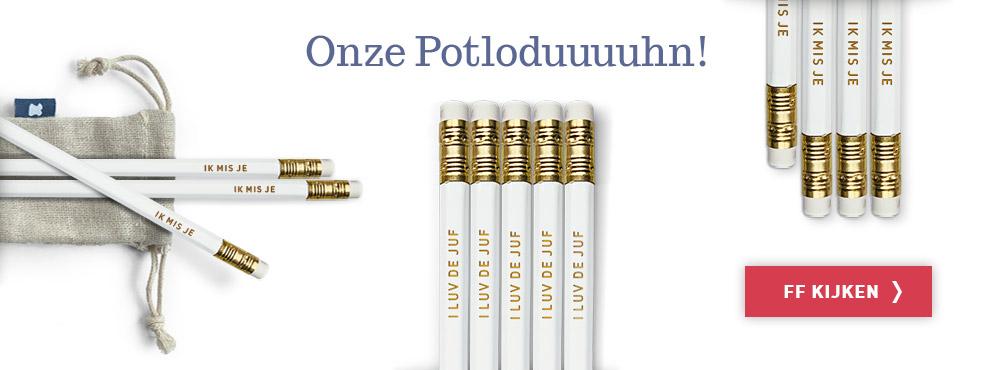 What's up je Boterham potloden inclusief katoenen koordzakje. Mail ons als je gepersonaliseerde potloden wilt. info@whatsupjeboterham.com
